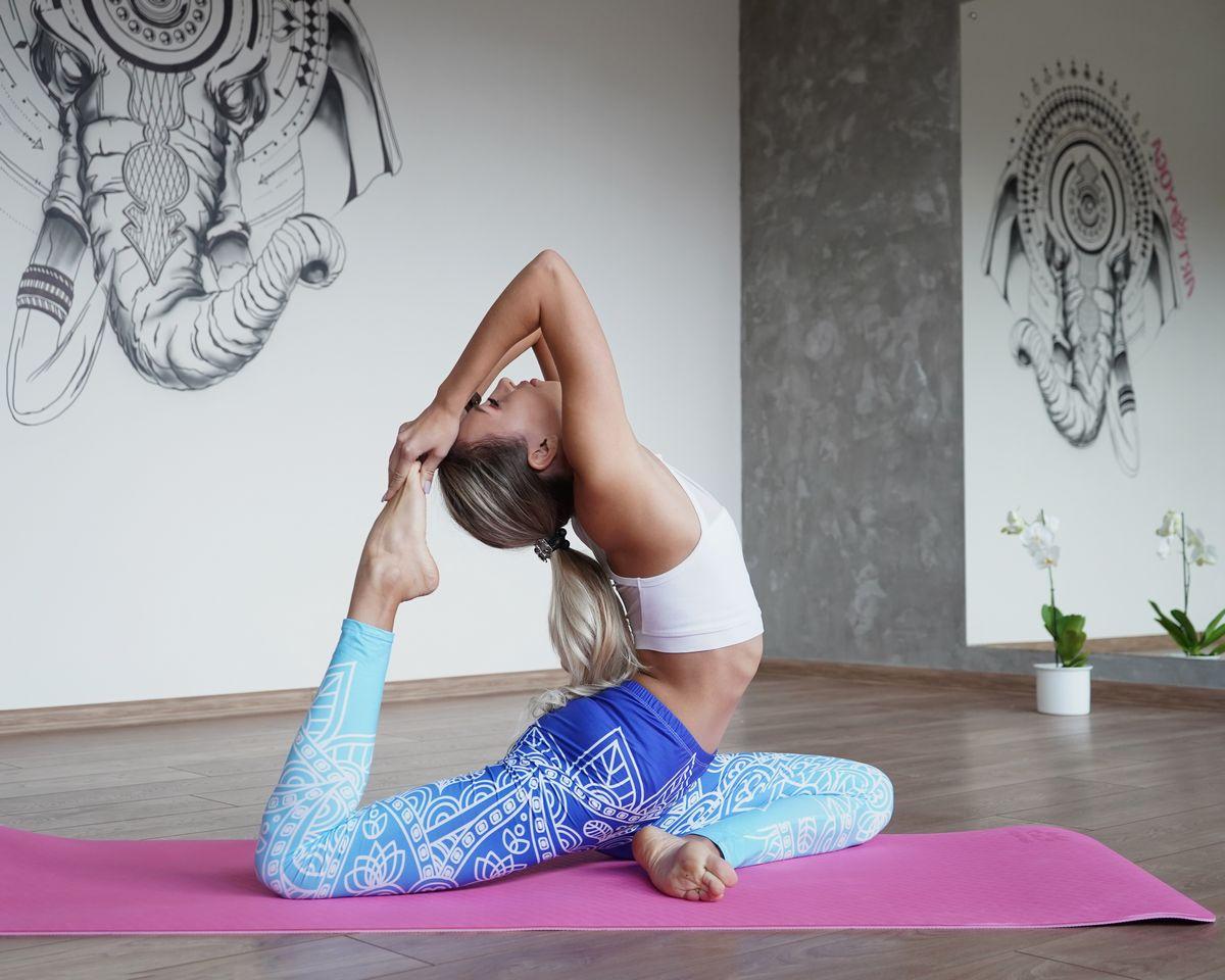 Зарядка 10 минут йога